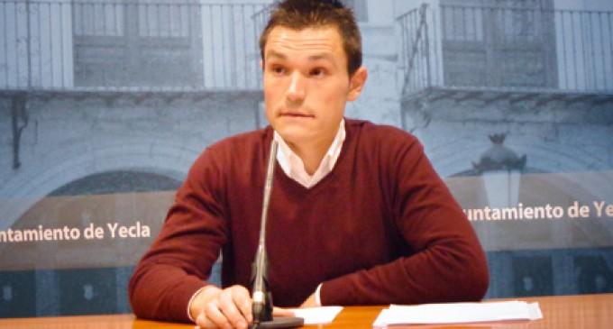 Romero se compromete a pagar las subvenciones antes de julio