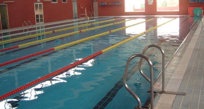 Un fallo mecánico provoca la caída de la temperatura del agua de la piscina cubierta