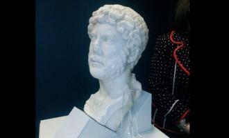 Adriano, ¿Hispano, romano o griego?