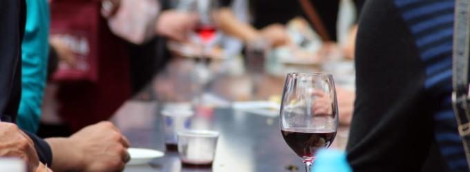Una copa de vino tinto equivale a una hora de gimnasio