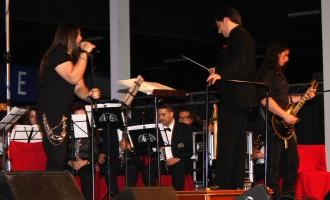 """Rotundo éxito del """"Concierto For Group wind orchestra"""""""
