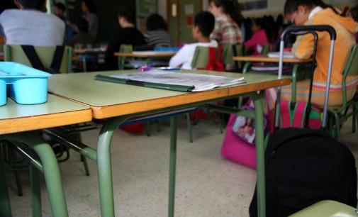 Convocadas 580 becas para libros y material escolar