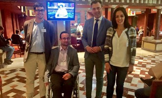 """El PSOE llama """"hooligan partidista"""" al alcalde por hacer """"autobombo"""" con el servicio de oncología"""