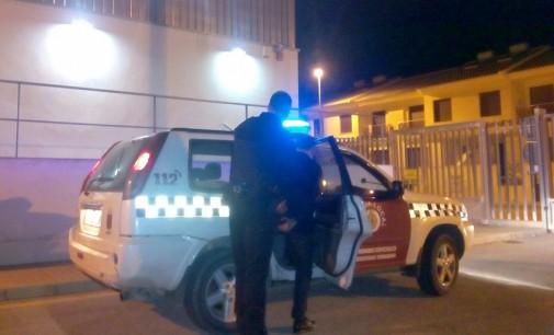 Detenida una joven de 22 años por agredir a un policía local