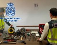 Detenido un individuo al que le atribuyen 54 robos en naves industriales