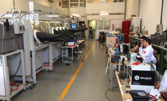 Instalaciones de Graphenano en Castellón donde se pruebas las líneas que se intalarán en Yecla.