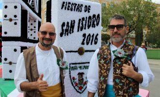 Abrimos la galería de fotografías de la cabalgata de San Isidro