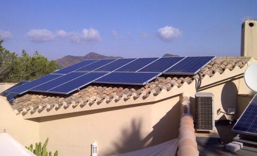 El Constitucional avala el autoconsumo energético con renovables sin impuestos