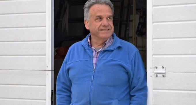 Eliseo Val: 40 años de fontanero en Yecla