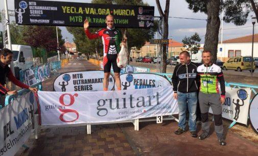 Jesús del Nero y Clara Pirla, triunfadores de la Yecla Ultramarathon