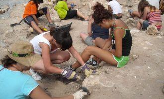 """Comienza el campo de trabajo de arqueología """"Adrianus 2016""""de Los Torrejones"""