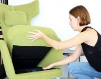 Cetem y Fama-Sofás presentan un sensor para ayudar a personas que viven solas