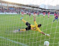 Victoria del Yeclano en el último minuto y de penalti
