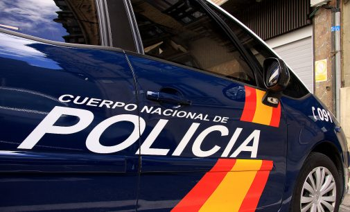 Dos detenidos por un asalto con arma de fuego a un viandante