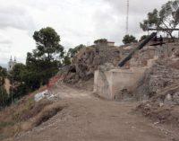 El alcalde anuncia el proceso de retirada de la antena del cerro del Castillo