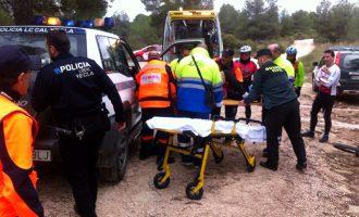La Policía Local rescata a un ciclista herido tras caerse en el Monte Arabí