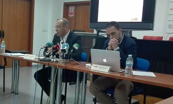 El Presidente de Cetem, Juan Carlos Muñoz Melero, y el director del centro, José Francisco Puche.