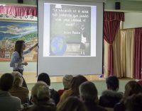 """La criminóloga Mayte Romero presenta """"Elevándonos por encima del acoso escolar"""""""