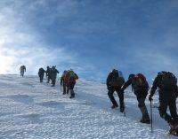 Magnífica subida del Club Montañero a La Sagra