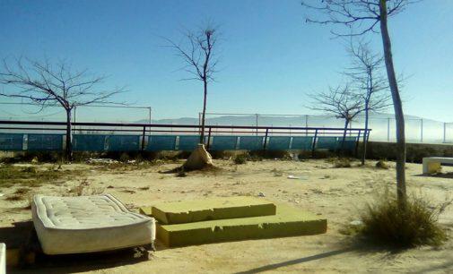 IU denuncia las condiciones del recinto deportivo y ferial