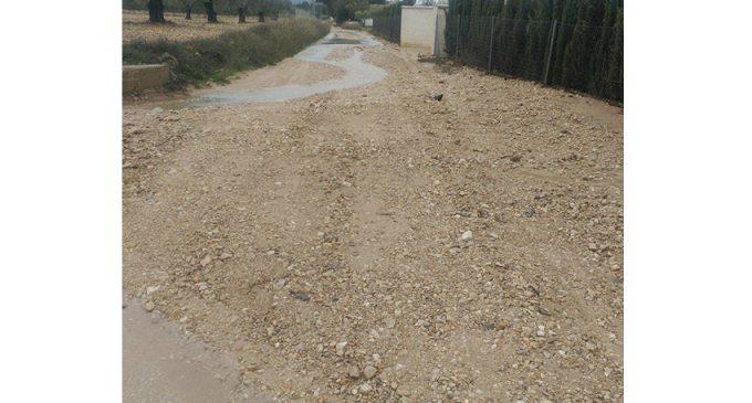 ¡Proteste ahora!: Mal estado de los caminos en la zona de la carretera de Almansa