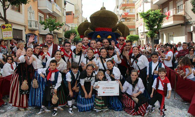 La peña El Cintón, ganadora en las infantiles.