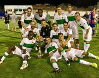 Los penaltis dan al Elche el trofeo Vinos de Yecla