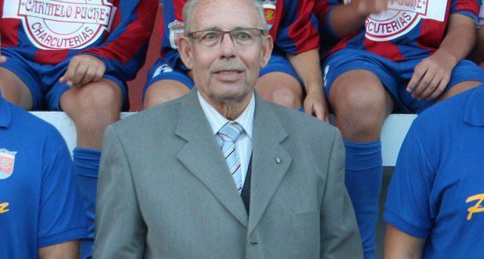 La Sociedad Deportiva Fútbol Base nombra a Vallejo presidente de honor
