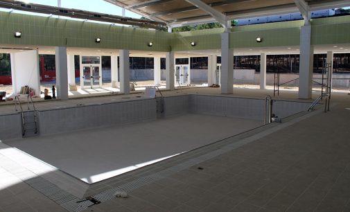 La piscina cubierta cerrará el jueves para poner en marcha la ampliación