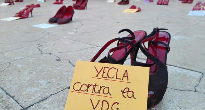 Zapatos rojos contra la violencia de género