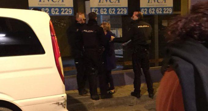 Trasladan a comisaria a la edil de Turismo tras un rifirrafe en la puerta de una discoteca
